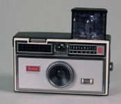 123950-Gadget23-Instamatic100 B